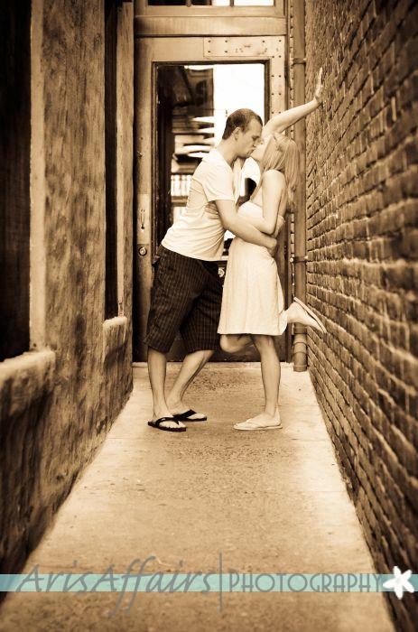 Lovebirds Photography, Weddings, Engagment Sessions